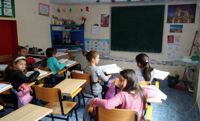 Roditelji štrajkuju- u ovoj hercegovačkoj školi djeca još nisu pošla u školu