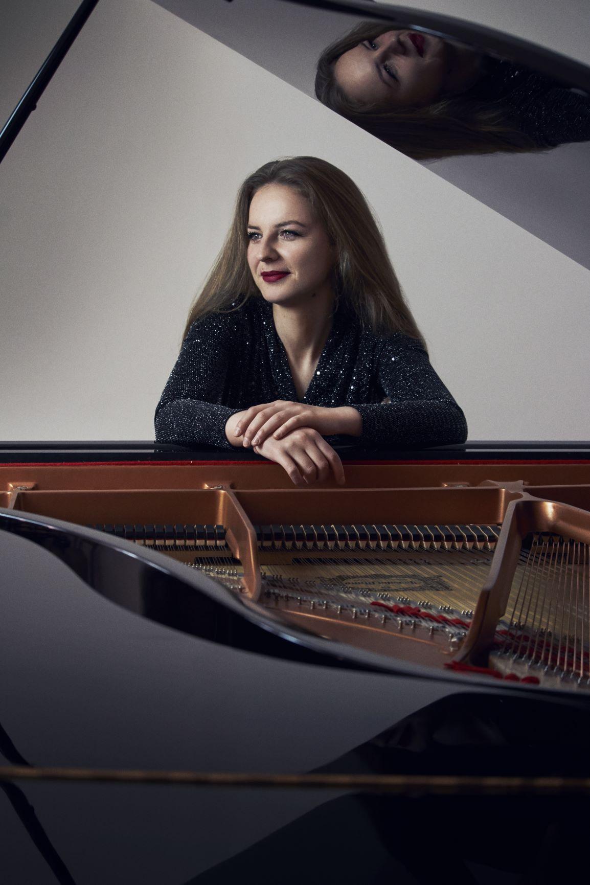 Pijanistkinja Sonja Marković nastupa u Carnegie Hall u Njujorku