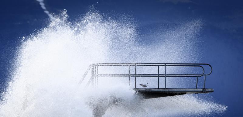 """Oluja """"Kjara"""" se kreće ka jugu: Vjetar na Korzici dostigao brzinu od 220 kilometara na čas"""
