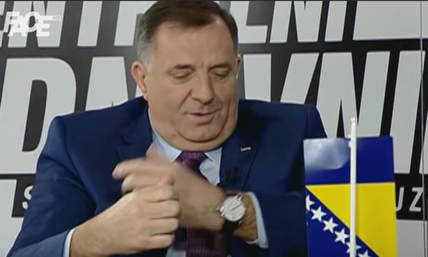 Pogledajte kako Dodik laže koliko mu košta sat (VIDEO)