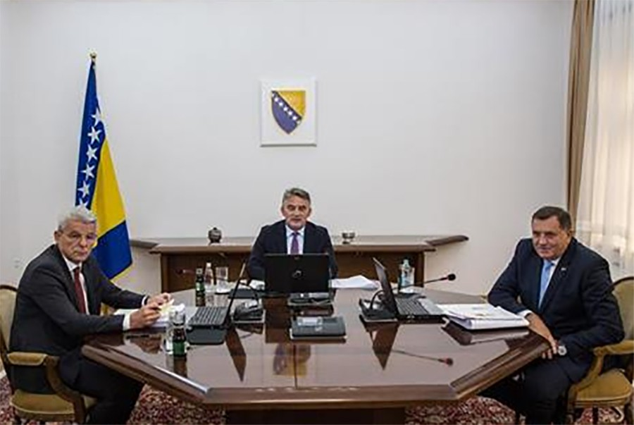 Komšić, Dodik i Džaferović povećali plate zaposlenim Predsjedništva za 20 posto
