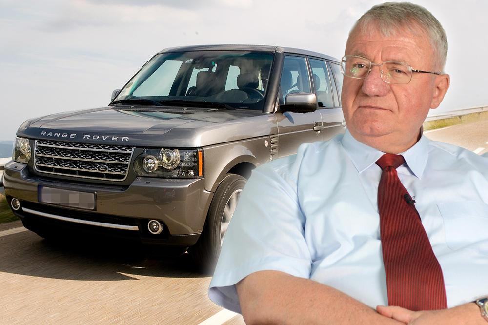 Šešelj vozi najnovijeg Rendž Rovera od 140.000 EVRA!