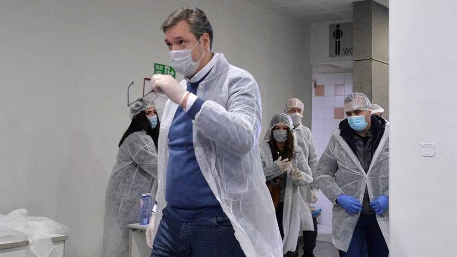 Vučić: Očekujemo da od danas počne rasti broj zaraženih u Srbiji