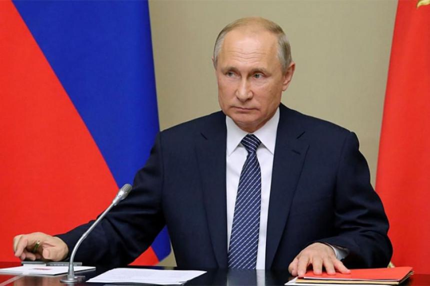 Putin: Ko krene na nas mačem, od mača će stradati
