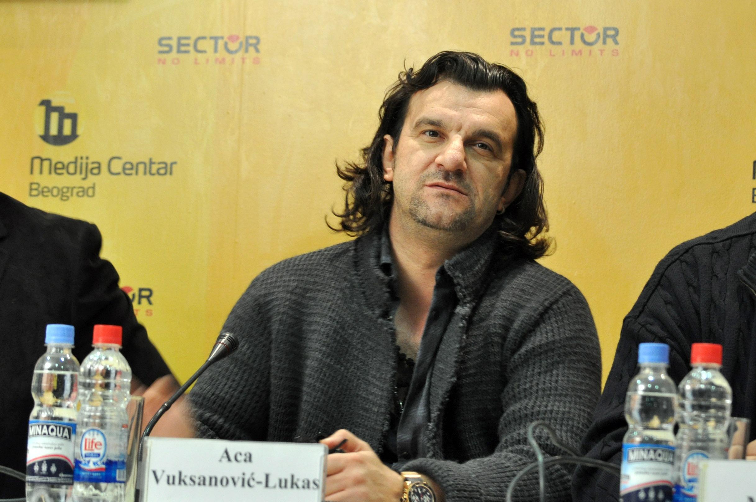 Aleksandar Vuksanović: Skandal SNS majstor