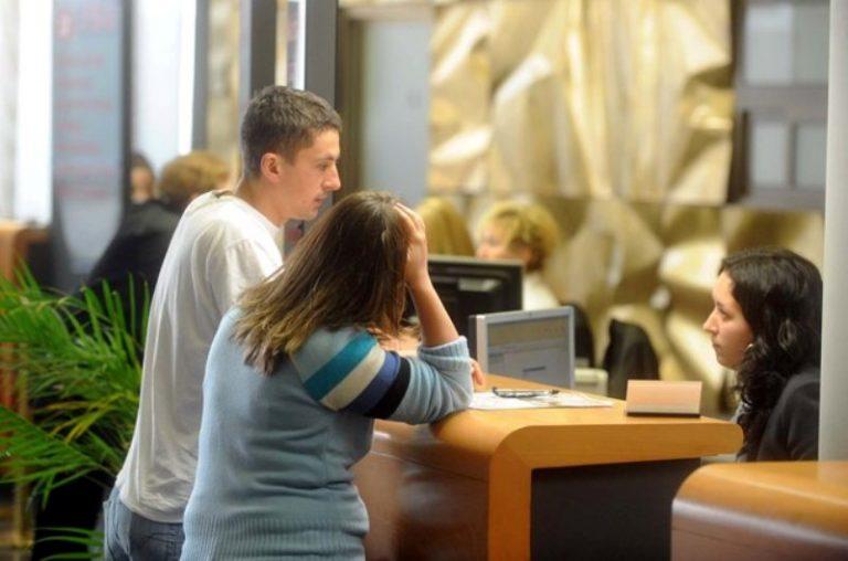 Građani Srpske podižu kredite da prežive