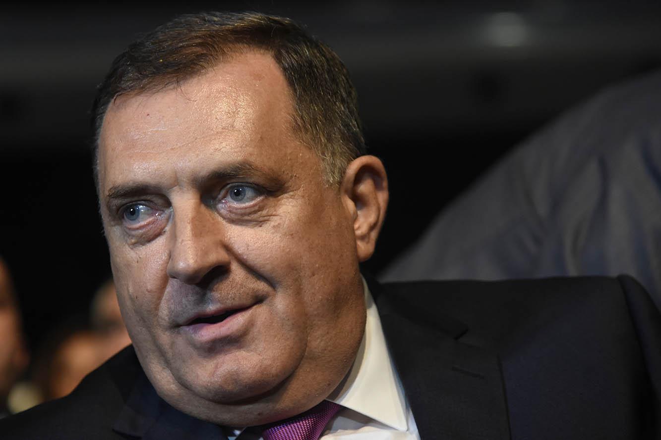 Srpski Votergejt: Da li je Dodik sinoć iznosio neistine, ili to Lukač čini danas?