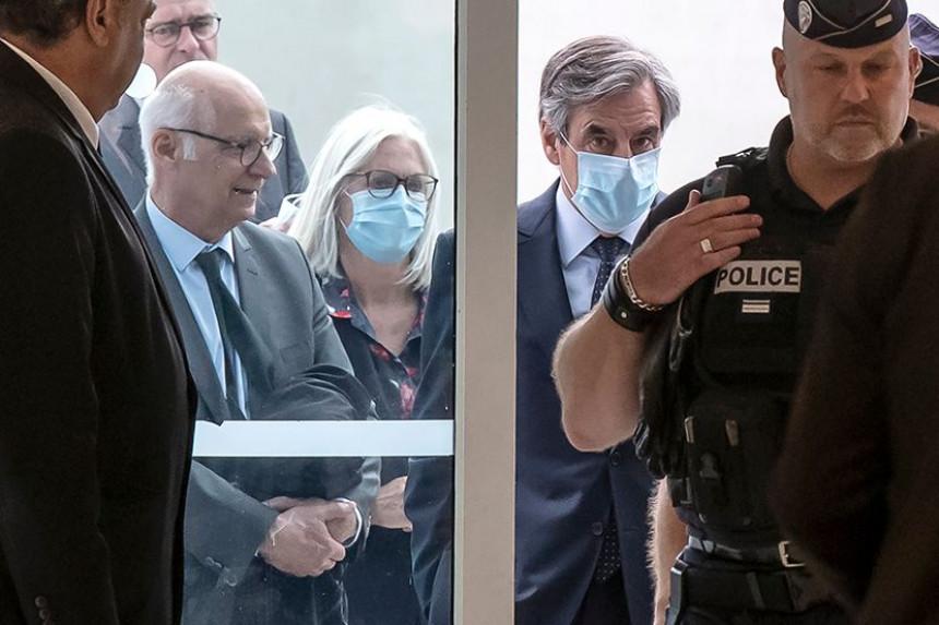 Bivši francuski premijer osuđen na pet godina zatvora