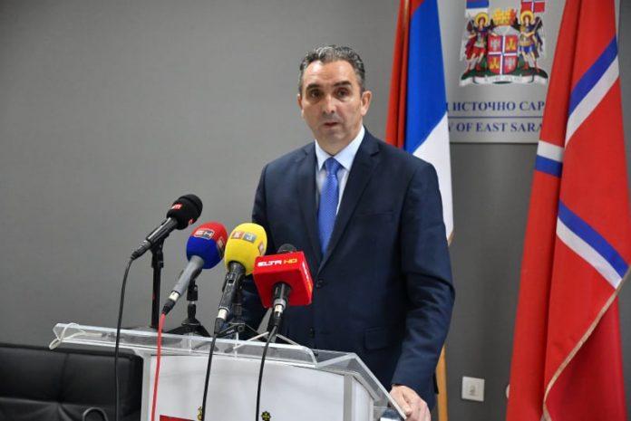 Lučić pisao Incku: Reagujte na skrnavljenje srpskih pravoslavnih objekata u FBIH