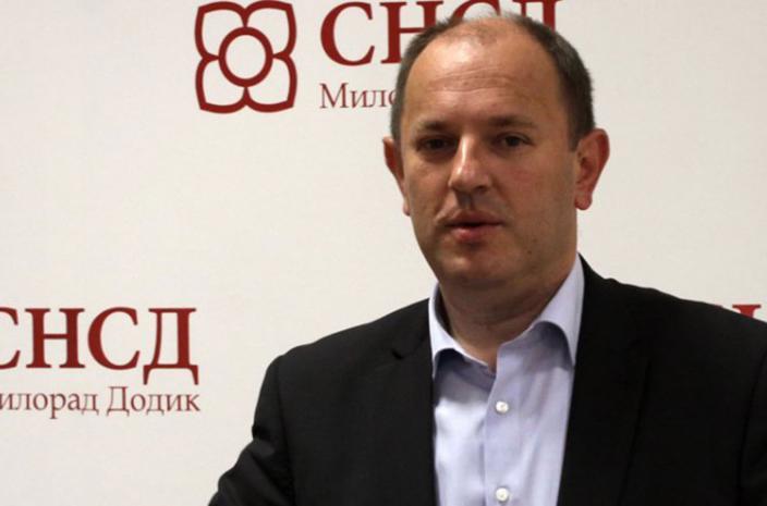 Luka Petrović ucjenjuje zaposlene za glas na izborima
