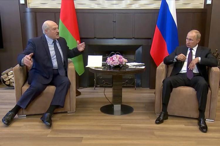 """O snimku Lukašenka i Putina bruji svijet: """"Govor tijela sve govori"""""""