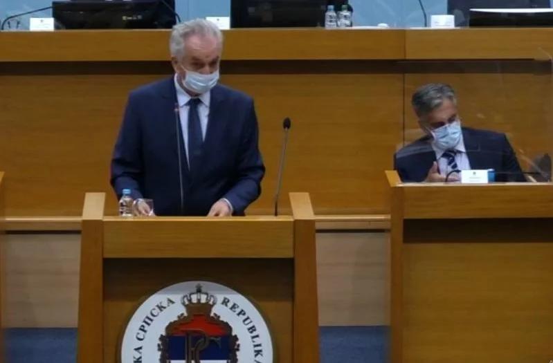 Kako je Šarovic ponovo razobličio Dodika