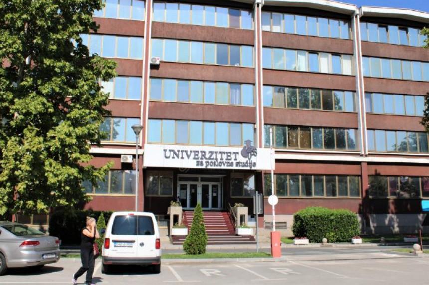 Univerzitet za poslovne studije radi bez akreditacije, na 3. spratu ples oko šipke, na 4. apartmani!