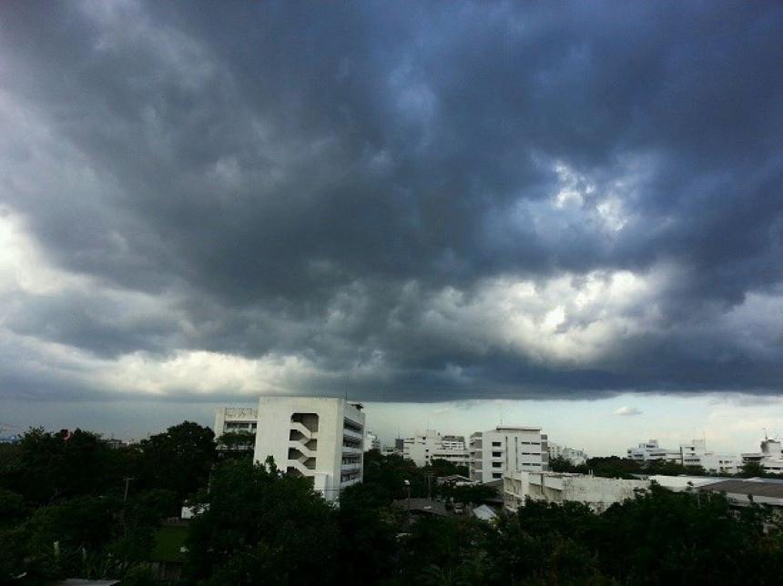 Danas oblačno vrijeme sa slabom prolaznom kišiom