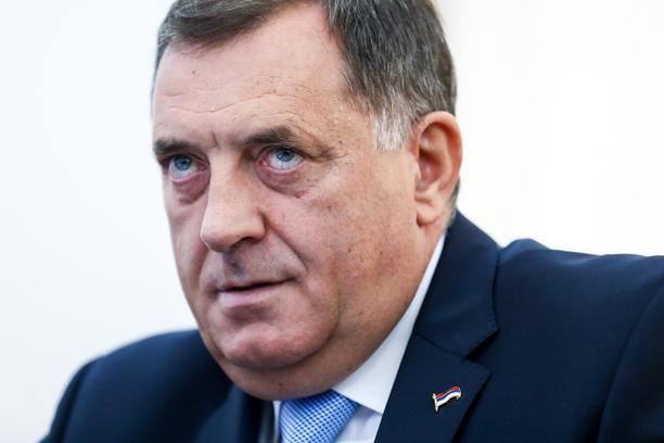 Dodik Stanivukoviću: Prekinućemo sve investicije u Banjaluku, da vidim kako ćeš plaćati grijanje