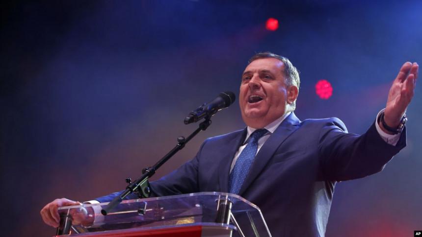 Dodik: Saradnja sa NATO-om prihvatljiva