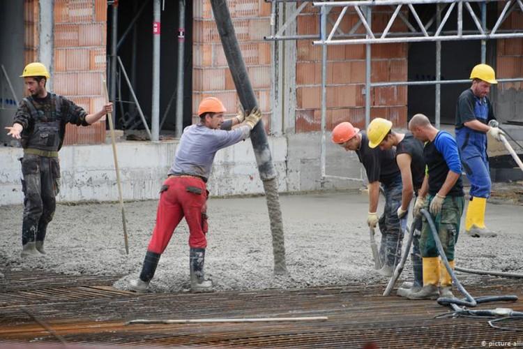 Poskupjelo sve – od fasadnog programa do cijevi i cementa