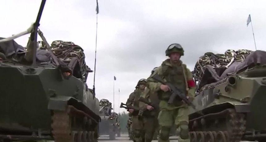 Rusija gomila vojsku na granici sa Ukrajinom