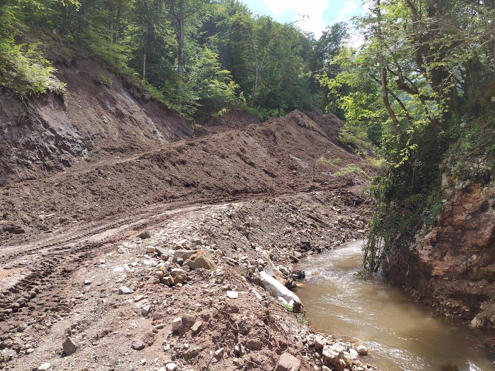 Ekološke posljedice guranja deset kilometara rijeke u cijev