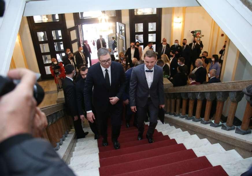 Bosna sastanak i snova hercegovina iz Održan sastanak