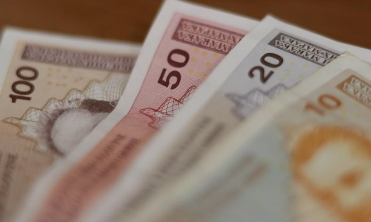Ekonomisti imaju rješenje za spas BiH: Povećati plate, smanjiti poreze, dati jednokratnu pomoć…