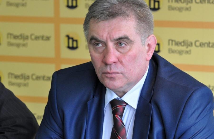 Tomo Kovač očitao bukvicu Dodiku povodom Dana policije RS