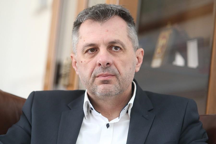 Cijepanje SNSD-a: Nezadovoljni hoće novu stranku do 2022. godine