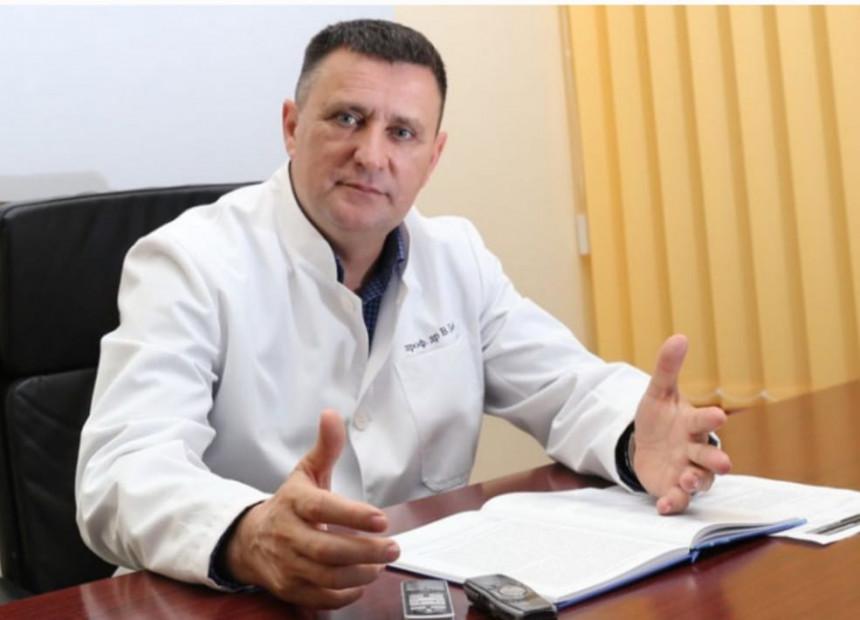 Primjer lošeg uticaja politike na stanje u UKC-u Srpske?