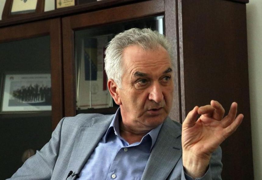 Šarović izbacuje dokaze: Za koga su bili dobri visoki predstavnici?