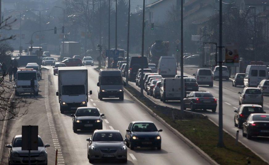 Kolovozi u Srpskoj mokri, a saobraćaj pojačan u gradskim centrima