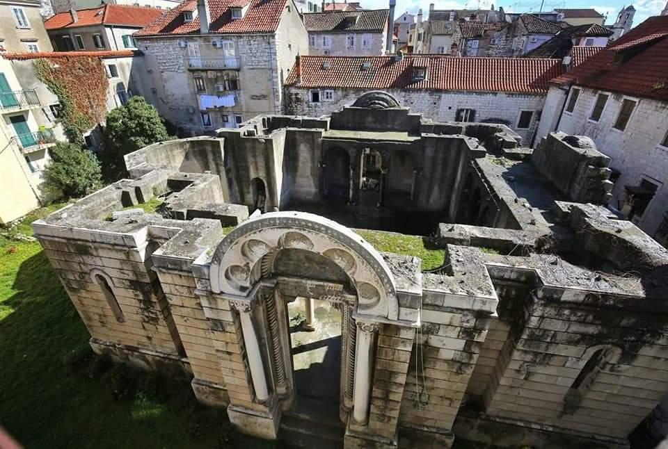 Teška  sudbina Hrama Svetog Save u Splitu