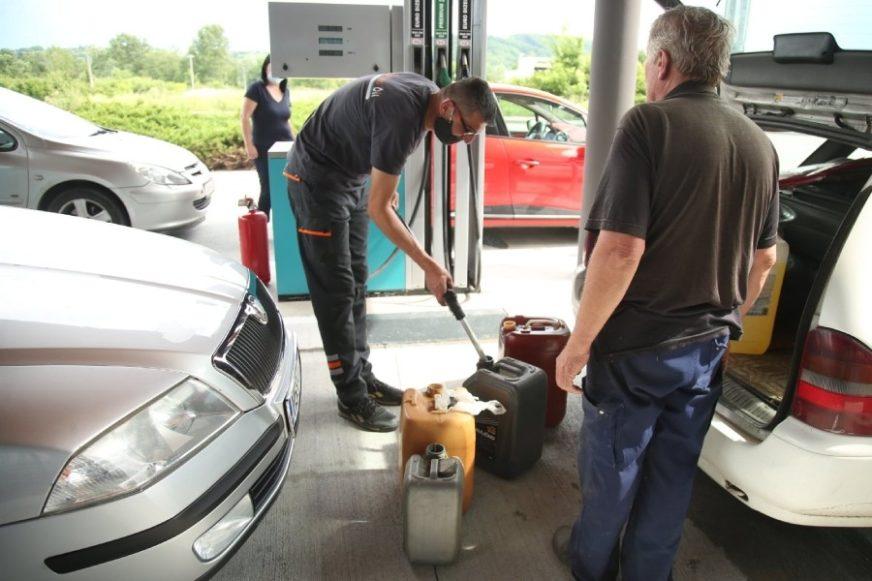 Sindikalci traže da Vlada RS ublaži poskupljenja goriva i hrane