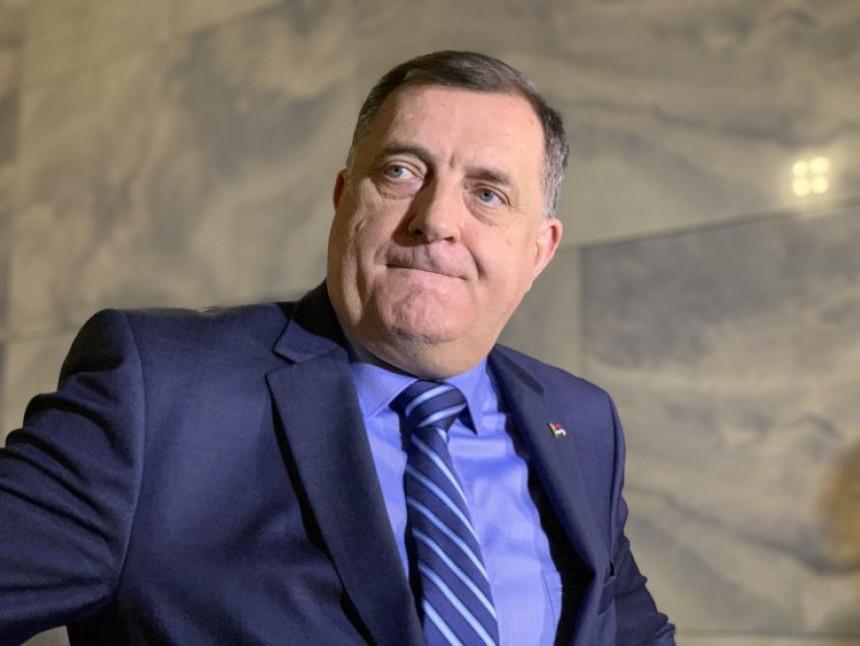 """Nešić poručio Dodiku: """"Ostao si sam i u strahu, niko te više neće"""""""