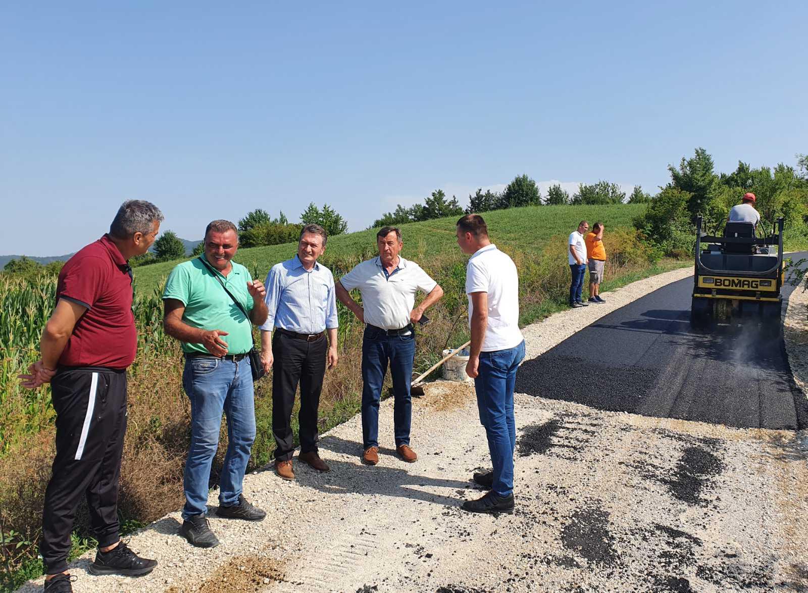 Posebna pažnja izgradnji infrastrukture, Načelnik Ugljevika obišao radove u Mezgraji- Kose