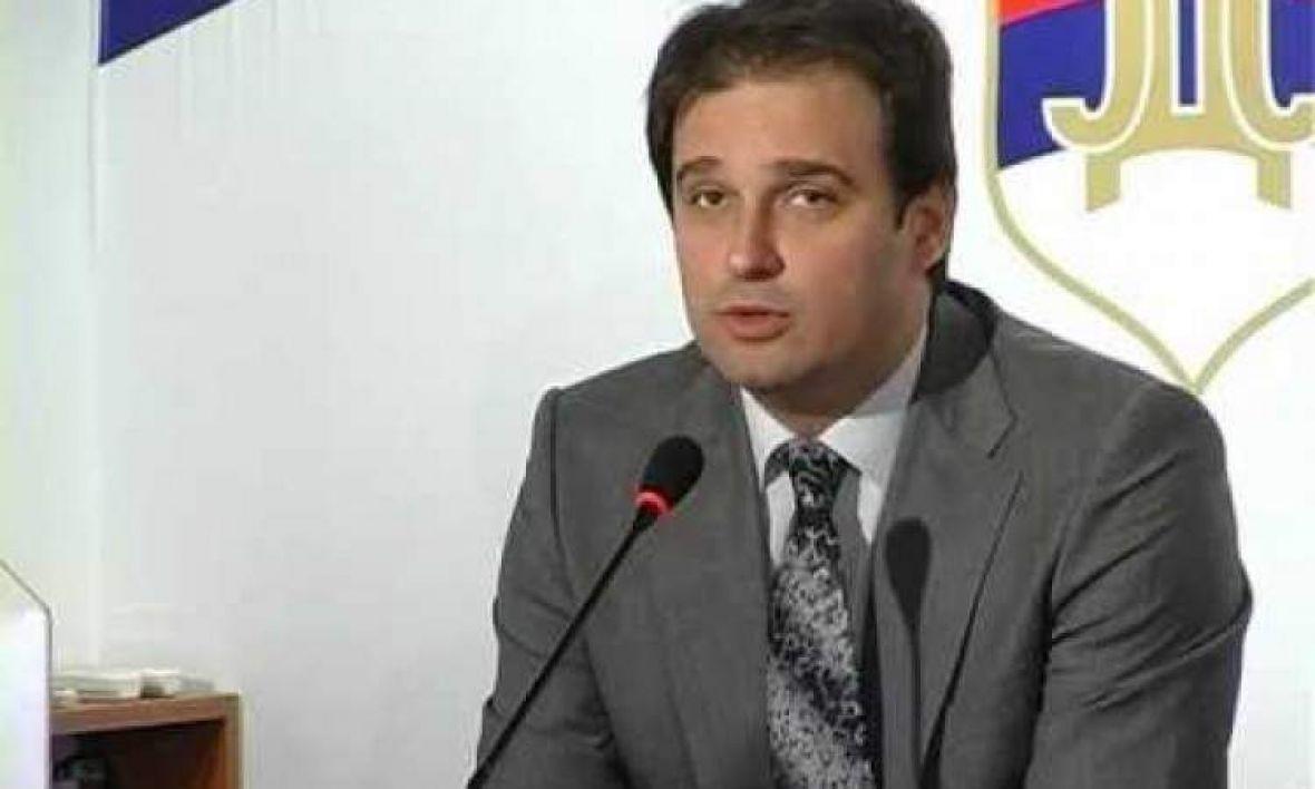 Govedarica: Načelnik opštine Gacko asfaltirao lokalni put prije nego što je donio Odluku o izboru najpovoljnijeg ponuđača