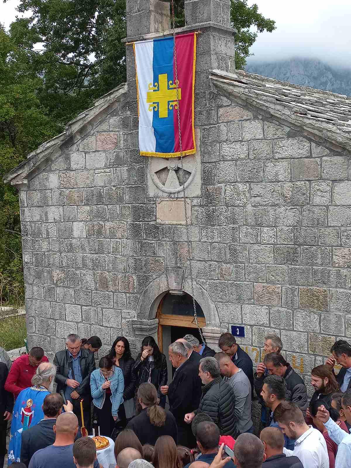 Bratsko sabranje u selu Orah u Pivi oko crkve Svetog Save na Malu Gospojinu