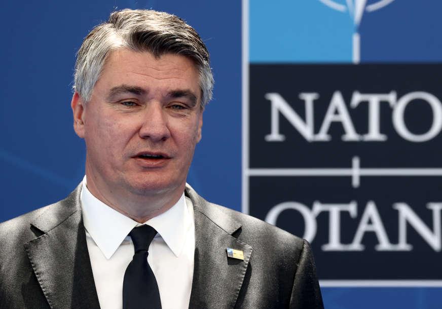 Milanović odgovorio Vučiću: Besposlen pop i jariće krsti