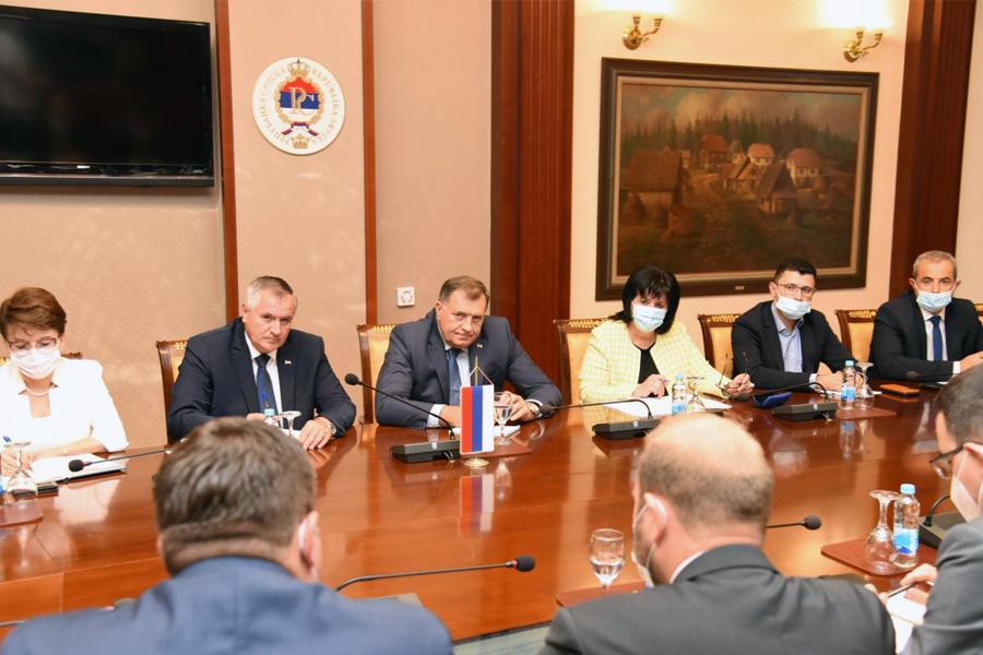 Dodik: Rok za izgradnju aerodroma u Trebinju 2023. godina. Srbija i Srpska zajedno u projektu