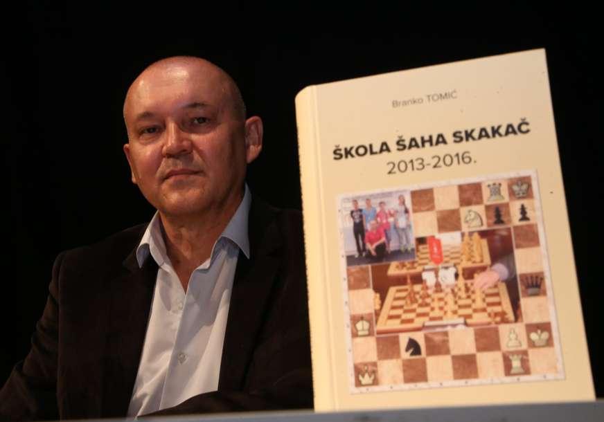 Promovisana druga knjiga o radu Škole šaha Skakač (FOTO)