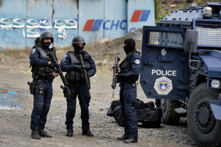 Kosovska policija uhapsila trojicu Srba zbog bilborda